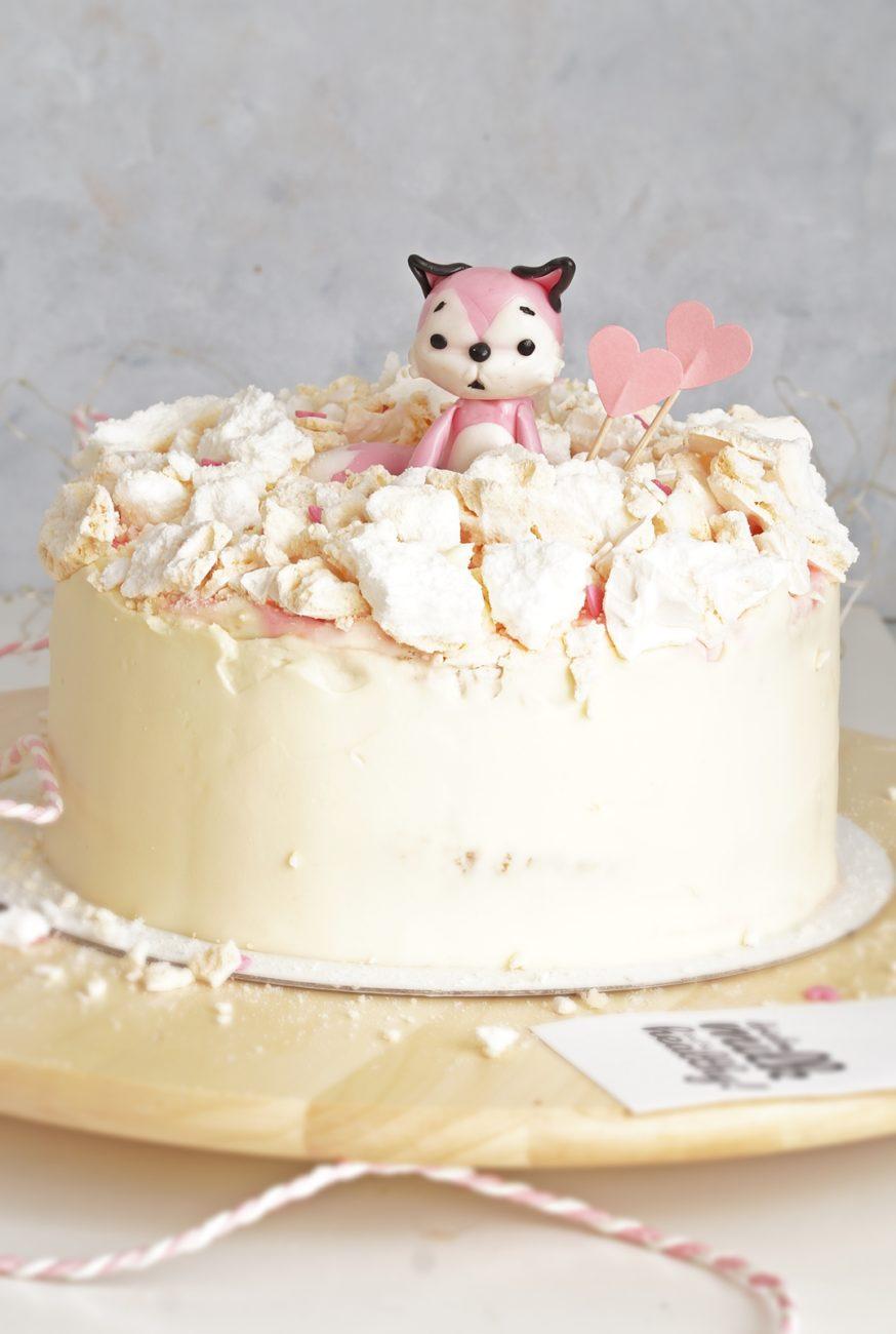 Tort z bezą