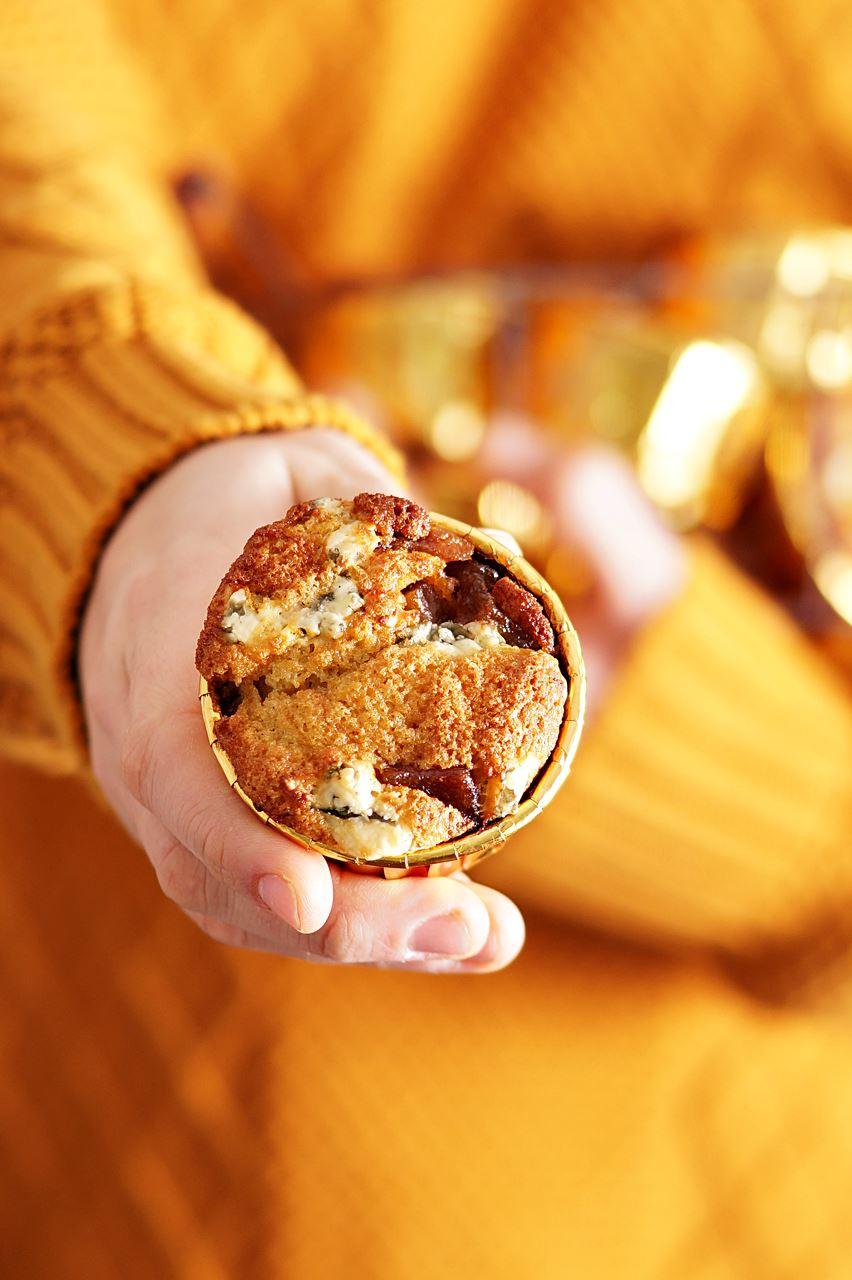 Mufinki z gruszką i serem pleśniowym